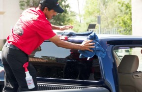 Valencia-Auto-Spa-Car-Wash-Worker-Drying-2